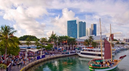 best_shops_in_miami_bayside_marketplace-420x230  - casa grande